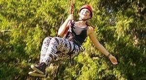 Uz streličarstvo i streljaštvo, odvažite se na 2 nova adrenalinska iskustva: zipline i bridging te se spuštajte sajlom razapetom izmeću drveća brzinom od 50km/h ili pak možda postanite Robin Hood! :) Kupon vrijedi do 25.07.'17.!