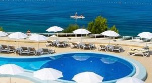 Wellness ljeto u TUI BLUE Adriatic Beach Resort-u na Makarskoj rivijeri uz 2 noćenja s ALL INCLUSIVE uslugom! Očekuje Vas boca vina pri dolasku, korištenje saune i teretane…sve za dvoje-od 1999 kn!